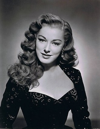 40s Hairstyles For Long Hair And How To Do Them | Hair Summary | 1940's hairstyles | Scoop.it