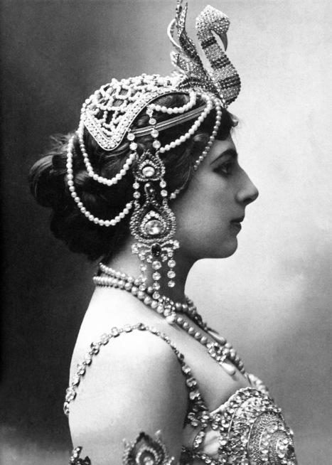 VINTAGE PHOTOGRAPHY: Mata-Hari 1910   L'actualité de l'argentique   Scoop.it