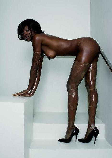Twitter / humbledbee: Ebony in transparent latex. ... | Transparent Latex | Scoop.it