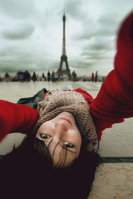 Selfportrait with Eiffel | My Photo | Scoop.it