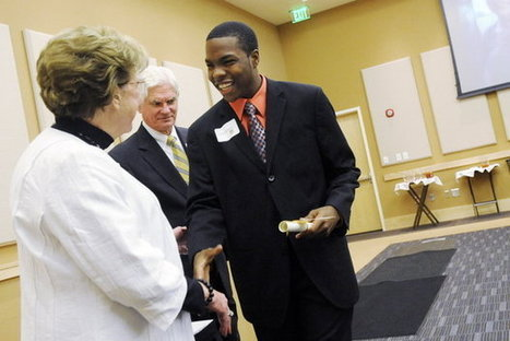 Peyton Anderson Foundation awards scholarships to high school seniors | Local & State | Macon.com | News & Blogs in Macon Middle Georgia | Scoop.it