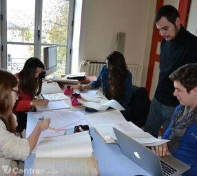Des élèves du lycée de Ventadour consultent les archives municipales pour enrichir leur TPE | Rhit Genealogie | Scoop.it
