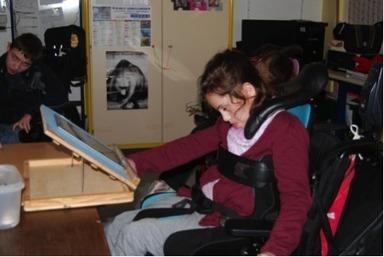 Utilisation de tablettes numériques à l'Institut d'Éducation Motrice de Bailly - Créatice | TICE et enfants à besoins particuliers | Scoop.it