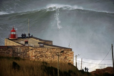 Surf's Way Up: Garrett McNamara Claims to Ride Record Wave in Portugal | Best of Photojournalism | Scoop.it
