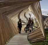 Des structures en bois qui font de la musique au rythme de vos pas | The Creators Project | DESARTSONNANTS - CRÉATION SONORE ET ENVIRONNEMENT - ENVIRONMENTAL SOUND ART - PAYSAGES ET ECOLOGIE SONORE | Scoop.it