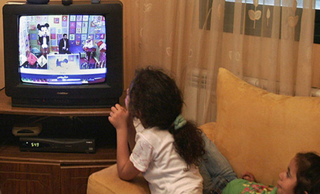 Watching too much TV reduces tots' vocabulary skills - Indian Express   English language   Scoop.it