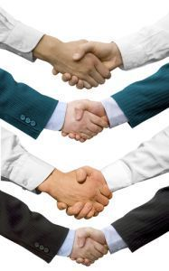 Handshakes Make a Difference for Social Connections  - Psych Central News | Mom Psych | Scoop.it