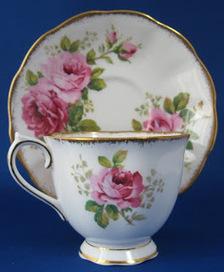 Downton Kitsch Cafe: A Tea Parlour For Downton Abbey Fans   Antiques & Vintage Collectibles   Scoop.it