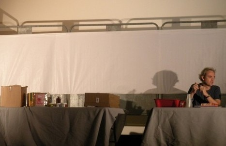 Laurent Corvaisier peint sur 1 toile de 6 mètres... - Chez Gaëlle la libraire! | Une année avec trois auteurs 2013-2014 | Scoop.it
