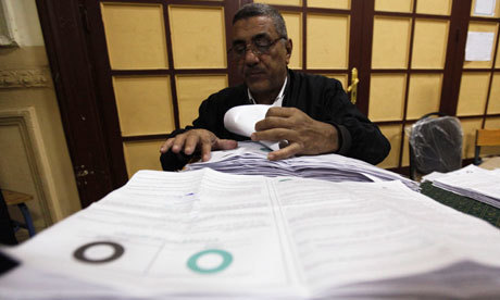 Egypt voters choose constitutional change as early results are released | Coveting Freedom | Scoop.it