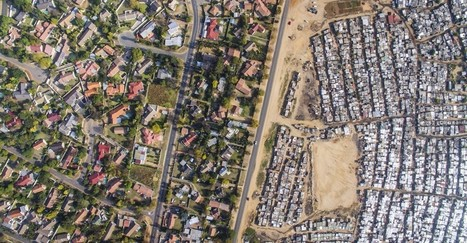Striking Aerial Photos Show how Apartheid Still Shapes South African Cities | CCs Geography News | Scoop.it