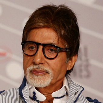 Amitabh Bachchan stayed up all night for FIFA World Cup 2014's kick off match | Latest News & Updates at Daily News & Analysis | What's going on | Scoop.it