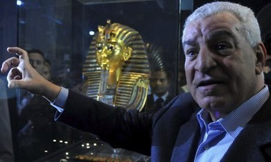 Former minister Zahi Hawass compares Egypt's Abdel Fatah al-Sisi to pharaoh   Egyptology and Archaeology   Scoop.it