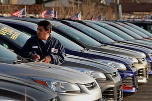 What Internet? Ford Doubles Down on its Car Dealers | #F&I Today | Scoop.it