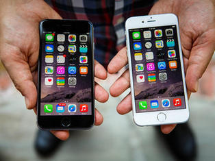 Apple to ring in 71.5M iPhone sales in holiday quarter -- analyst - CNET | iOS Development | Scoop.it