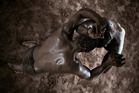 Kushti wrestling, New Delhi | Bas Uterwijk photography | PHOTOGRAPHERS | Scoop.it