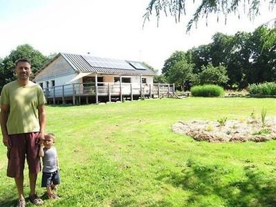 Ils vivent dans une maison en paille écologique depuis 18 mois , Cournon 02/08/2013 - ouest-france.fr | Architecture et nature | Scoop.it