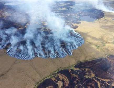 Global warming carving changes into Alaska in fire and ice | GarryRogers NatCon News | Scoop.it