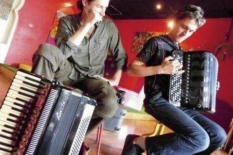 Août au son de l'accordéon | Actualités Musique 974 | Scoop.it