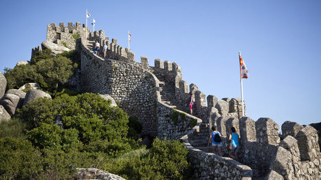 Outside Lisbon, a Verdant World of Castles and Palaces | ciberpocket | Scoop.it