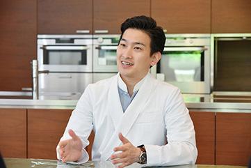オリーブオイルには、日本料理を発展させる可能性を感じます。   インタビュー   インターナショナル・オリーブ・カウンシル キャンペーンサイト「Believe in Olive Oil」   OLIVE NEWS   Scoop.it