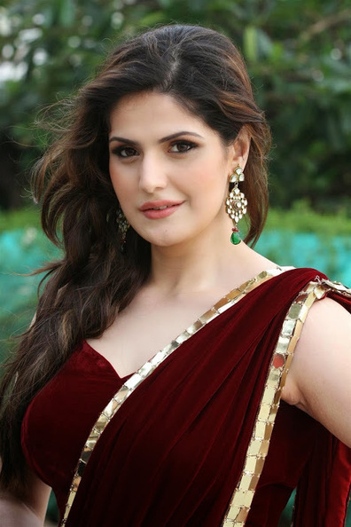 Zarine Khan Glamorous look in Golden Border Coffee Color Saree | Indian Fashion Updates | Scoop.it