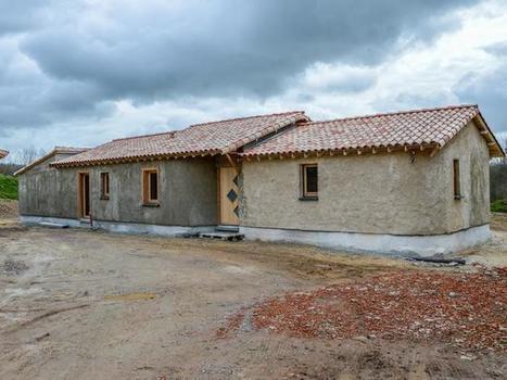 Une éco-construction ossature bois et béton de chanvre | NOVABUILD - La construction durable en Pays de la Loire | Scoop.it