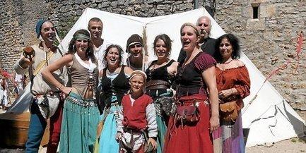 Larzac : des saltimbanques à tous les coins de rue | L'info tourisme en Aveyron | Scoop.it