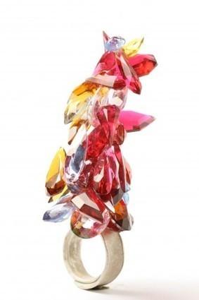 Unexpected pleasures: the art and design of contemporary jewellery ... | Jewellery design | Scoop.it