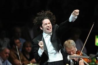 Dudamel protagoniza el centenario de prestigiosa sala de ... - teleSUR TV | Music | Scoop.it