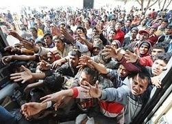 Reality profughi, le Ong non vogliono le star al campo - Cadoinpiedi | Fundraising & Campaigning | Scoop.it