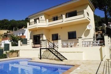 апартаменты испания: Tips For Renting Villas In Costa Brava   Renting apartments and villas in Costa Brava, Lloret de Mar!   Scoop.it