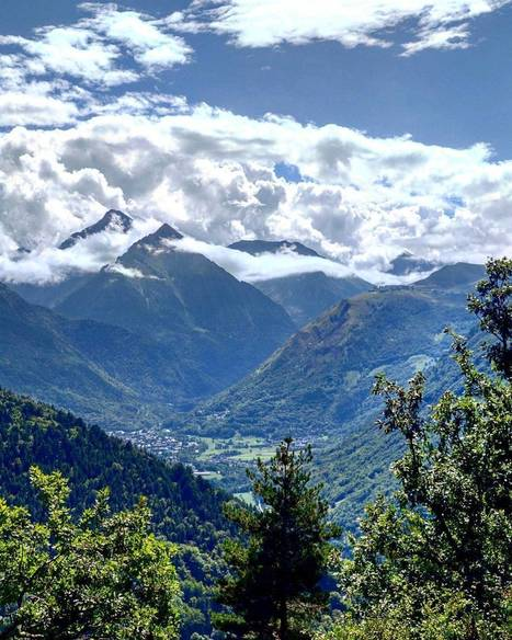 Vallée d'Aure joliment ennuagée - Instagram photo by Electron Libre • Aug 19, 2016 at 4:47pm UTC | Vallée d'Aure - Pyrénées | Scoop.it