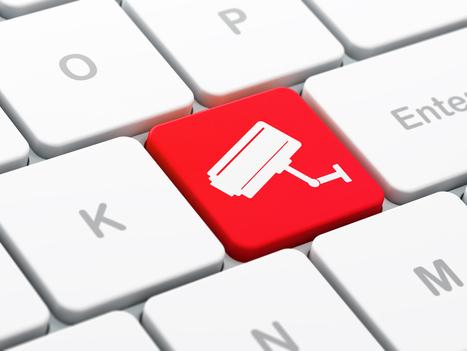 Quand les recruteurs traquent les candidats sur les réseaux sociaux - blog-emploi.com | pratique des jeunes sur internet | Scoop.it