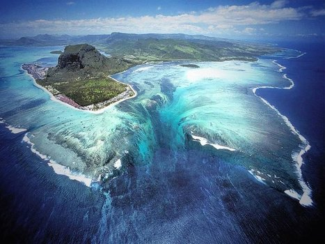 The 'Underwater Waterfall' Illusion at Mauritius Island | landscape ecology | Scoop.it