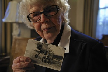 Women pilots of WWII had grand recognition in Rose Parade | Herstory | Scoop.it