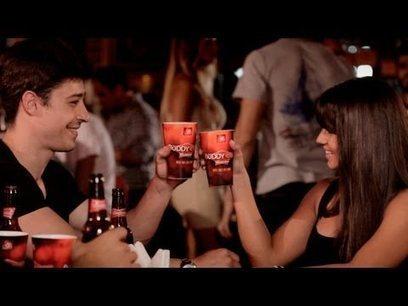 Budweiser invente les verres connectés pour devenir amis sur Facebook | Communication 2.0 et réseaux sociaux | Scoop.it
