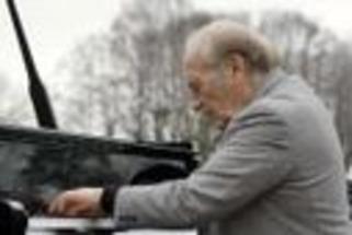 L'adieu en préludes du pianiste Miguel Angel Estrella à Danielle Mitterrand   Muzibao   Scoop.it
