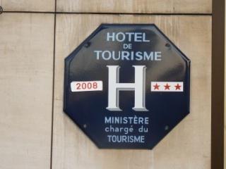 Le panonceau bleu disparaît des façades d'hôtel | Chambres d'hôtes et Hôtels indépendants | Scoop.it