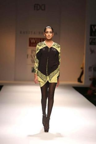 Indian Fashion New Kurtis Dresses By Kavita Bhartia | Style Stylo | Stylestylo | Scoop.it