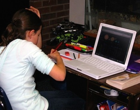With Tech Taking Over in Schools, Worries Rise - Online And Distance Learning | Studying Teaching and Learning | Scoop.it