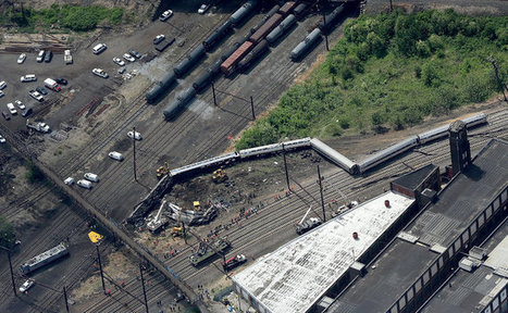 Amtrak Train Derailed Going 106 M.P.H. on Sharp Curve; at Least 7 Killed | Creating designs 'fit' for people! | Scoop.it