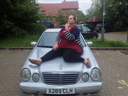Découvrez l'annonce hilarante d'un couple qui a mis en vente une Mercedes sur eBay - La Photo   Insolite, Weird News   Scoop.it