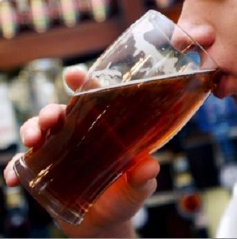 Estudio: Cerveza hidrata igual que agua después de ejercicio. Pues no hay m'as que decir... via @ medunn89 | All About Food | Scoop.it