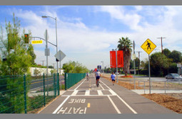 Adding Bike Paths Along River Washes | Active Commuting | Scoop.it