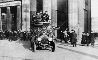 9 novembre 1918 Guillaume II abdique, la république de Weimar est proclamée | Racines de l'Art | Scoop.it