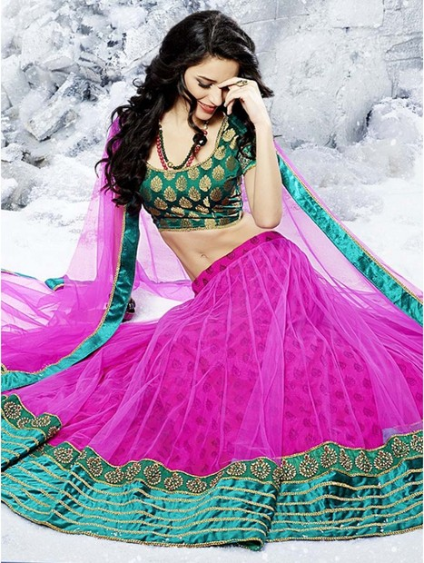 Get the look of a princess with traditional lehengas | bharatplaza fashion gallery | Scoop.it