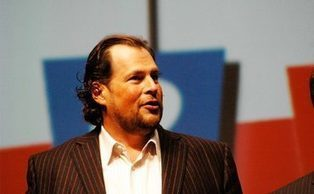 Salesforce CEO Bullish Benioff slams Oracle and IBM | Internet of Things - Technology focus | Scoop.it