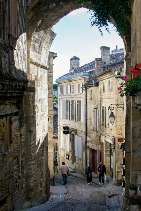 Vineyards & Flowers: Visiting Saint-Émilion · Happy Interior Blog | Interior Design & Decoration | Scoop.it