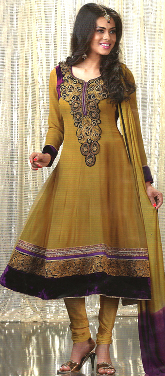 Anarkali suit with Purple Colored Border | dulhanebegum | Scoop.it